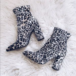 Shoes - New Black leopard (cheetah) booties!